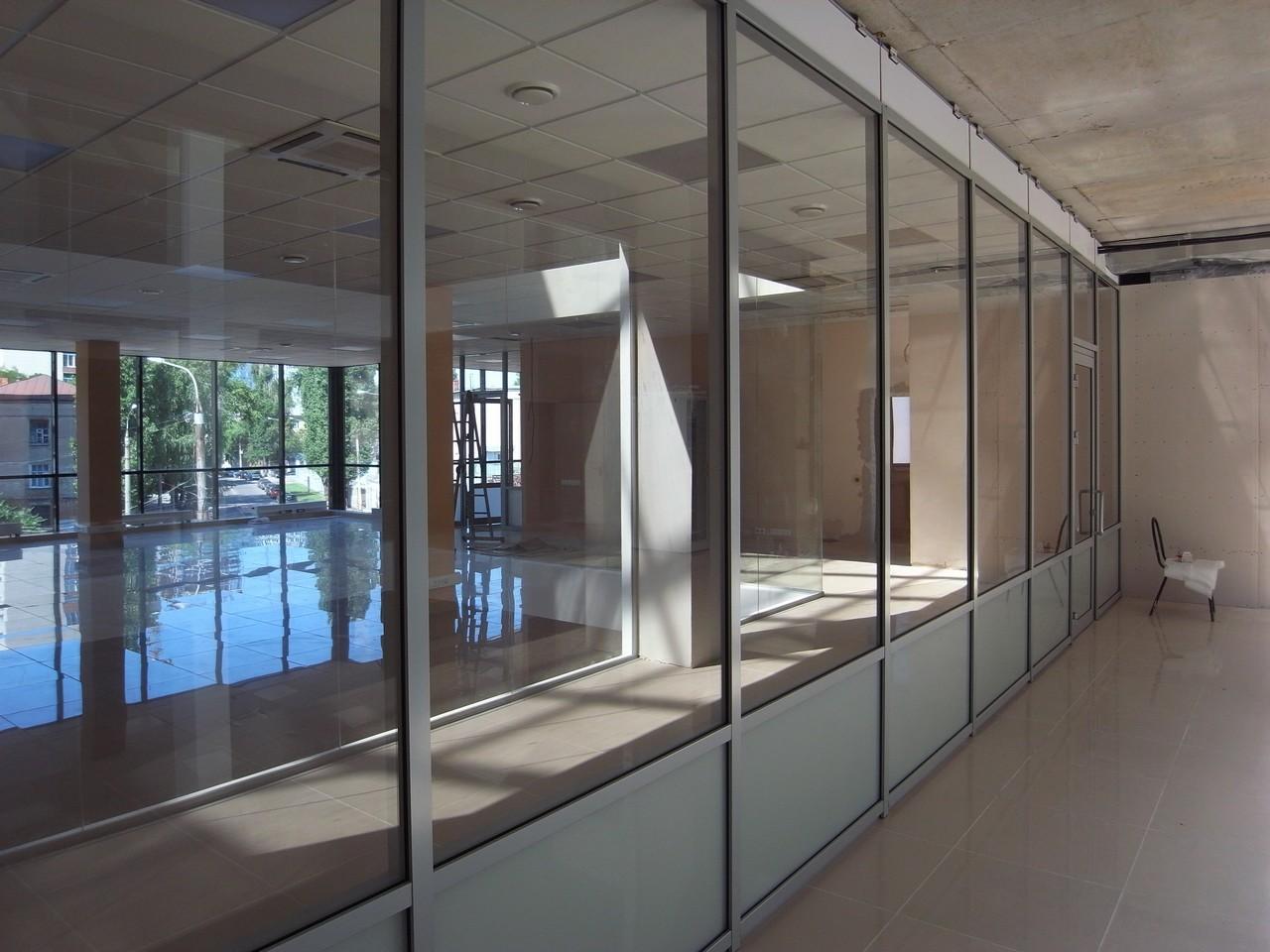 Предлагается к продаже офисное помещение, расположенное в Центральном  районе города Воронежа (район площади Заставы) в офисном здании 7a08ef23b05